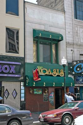 14235_baltimore417_front2_use.jpg