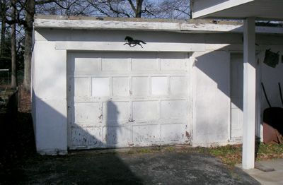 14433_frenchs1620_garage.jpg