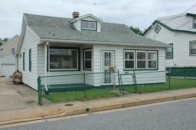 15726_robinson7_house-front-view.jpg