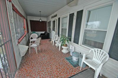15943_fairview3607_EXTERIOR---1ST-FL-FRONT-PORCH.jpg